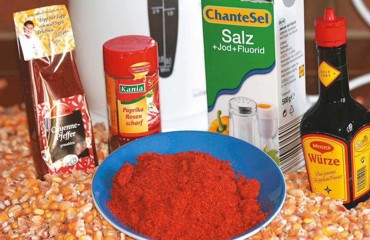 Ob Chilli-Pfeffer, Paprika, Salz oder Maggi - Futtermais lässt sich mit unterschiedlichen Zusätzen fängig verfeinern.