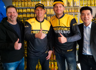Von links nach rechts: Verkaufsleiter Markus Brill Heck, Pierre Johnen, Daniel Kaldowski und SPRO-Geschäftsführer Yoshitaka Yamaguchi