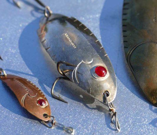 Zu Ophemerts Erfindungen zählt der Augenblinker, hier einige Originale aus der damaligen Zeit.