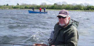 Jan Eggers schleppt in Irland mit seiner geliebten Abu 507-Kapselrolle und kleinen Kunstködern auf Forelle und Barsch. Bilder: Jan Eggers