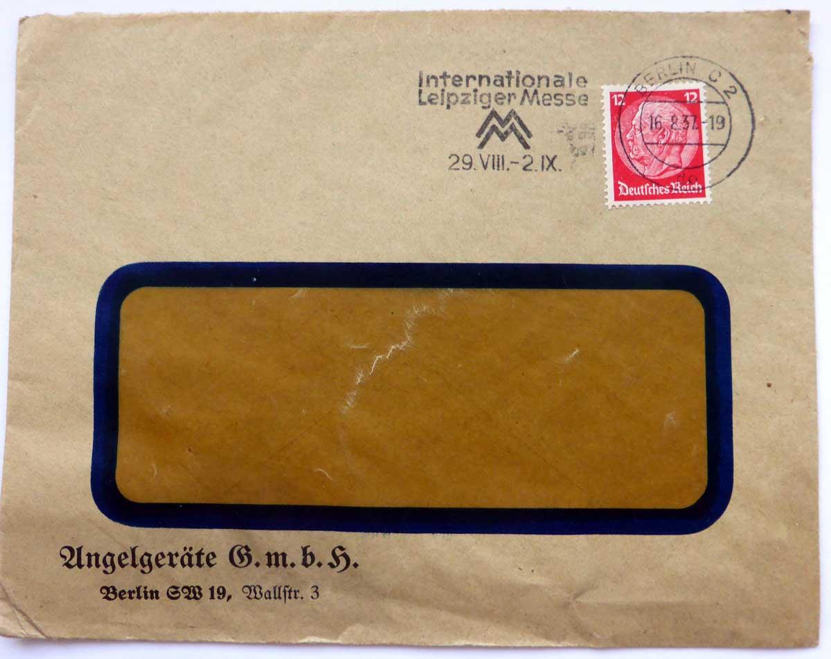 Schon damals war der Fensterumschlag erfunden. Post von der Angelgeräte GmbH aus Berlin.
