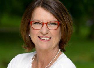Hessens Umweltministerin Priska Hinz sind Fisch- und Gewässerschutz wichtige Anliegen. Bild: HMUKLV/S. Feige