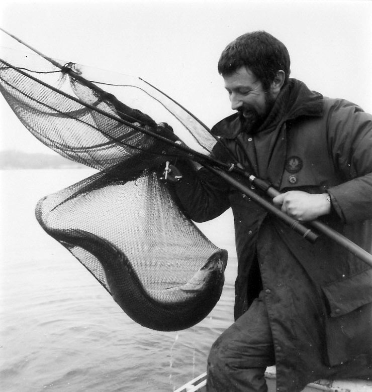 Mit dem berühmten TV-Angler John Wilson fischte Jan Eggers auf den Norfolk Broads.