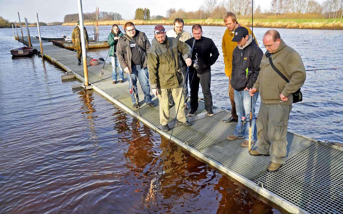Angelvereine haben viel Einfluss darauf, was an ihren Gewässern getan werden darf oder nicht. Hier ist jedes einzelne Mitglied gefragt, um gegebenenfalls auf den Vorstand einzuwirken.